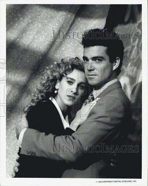 1990 Press Photo Actress Sarah Jessica Parker & Actor Jon Jenney - Historic Images