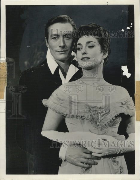 1959 Press Photo Actor John Neville and Actress Barbara Jefford - Historic Images