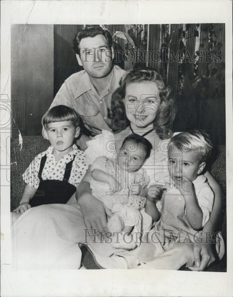 1950 Press Photo Actress Jeanne Crain & Paul Brinkman with Family - Historic Images