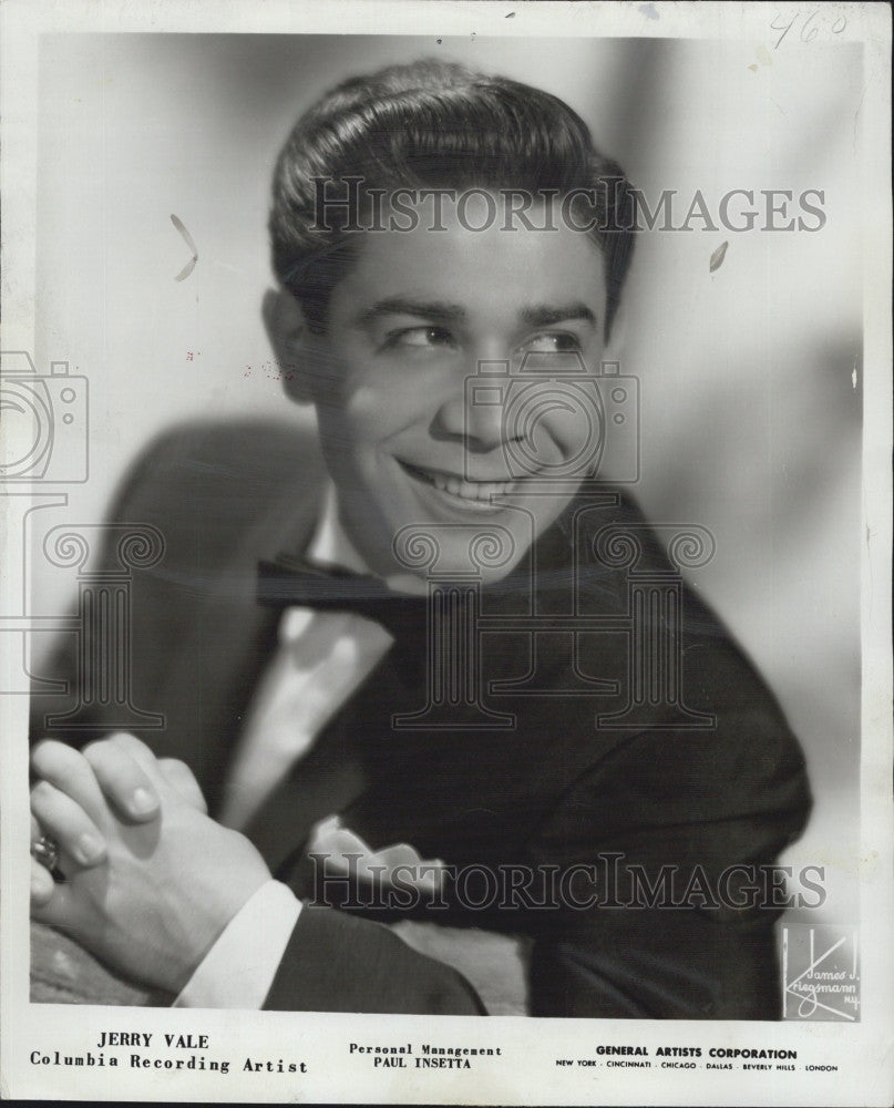 1955 Press Photo Singer, Jerry Vale  in Boston - Historic Images