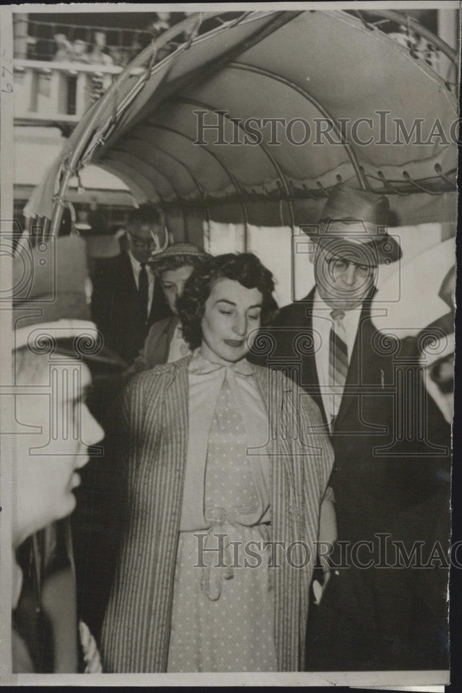 1958 Press Photo Madelyn Hitt Charged With Murdering Infant Son - Historic Images