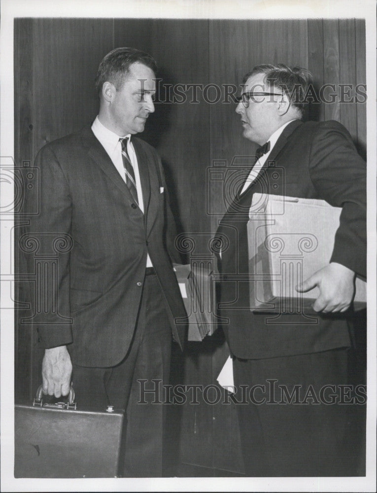 1965 Press Photo Special Asst. Atty. gen. Samuel Hoar & Lt. Edward Schofield - Historic Images