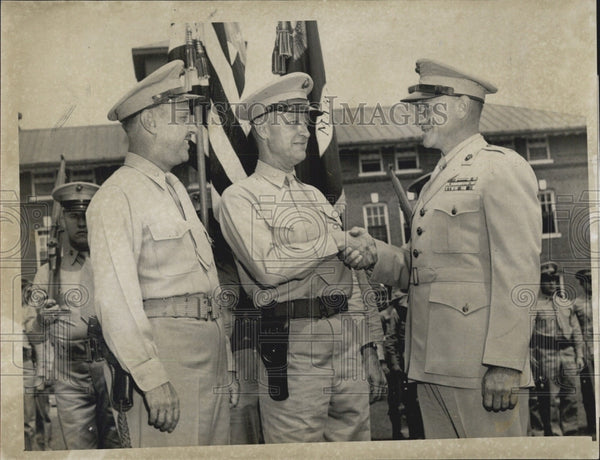 1952 Press Photo Lt Charles D Gray/Lt Col RE Boulton Exec Officer For Marines - Historic Images