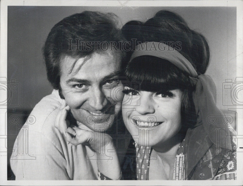 "1970 Press Photo ""Kraft Music Hall"" with Jo Anne Worley on ""The Des O'Connor - Historic Images"