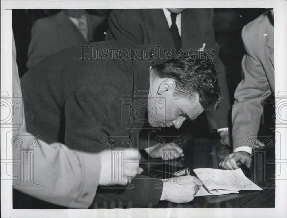 1953 Press Photo Patrolman John Brullman Suspended Brutality Indictment - Historic Images