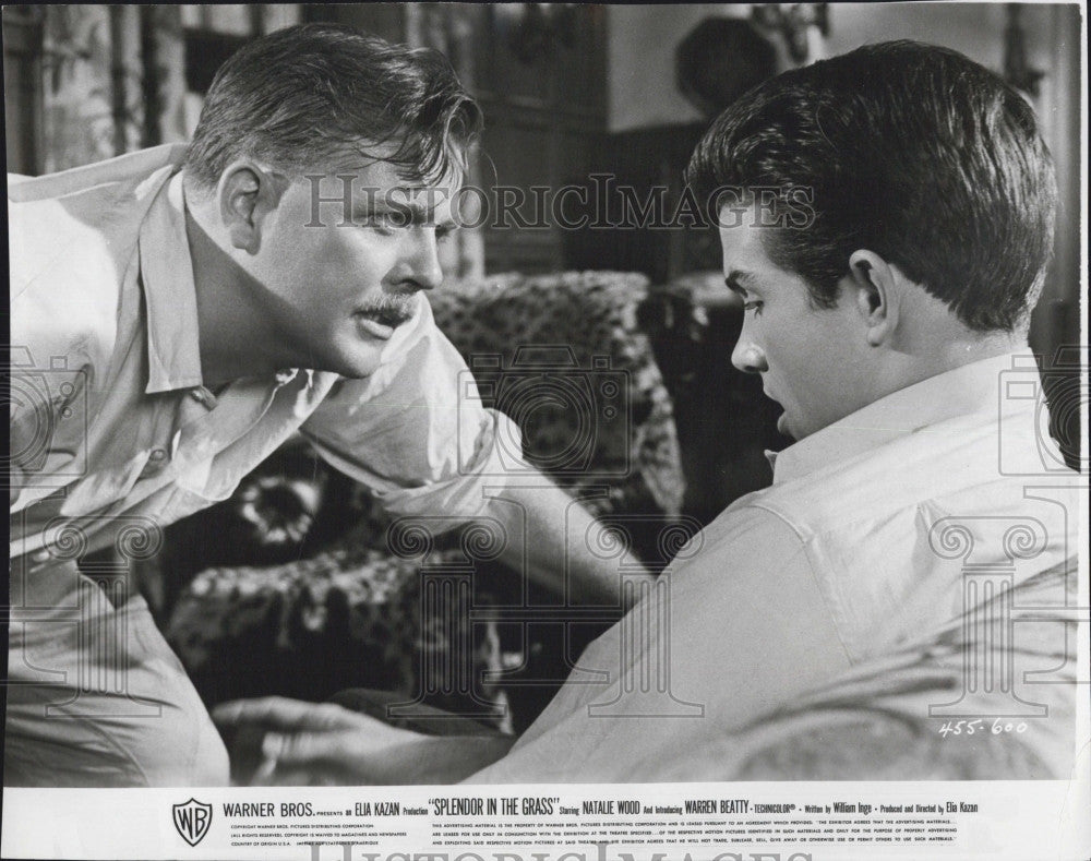 "1961 Press Photo Pat Hingle & Warrenbeatty in ""Splendor in the Grass"" - Historic Images"