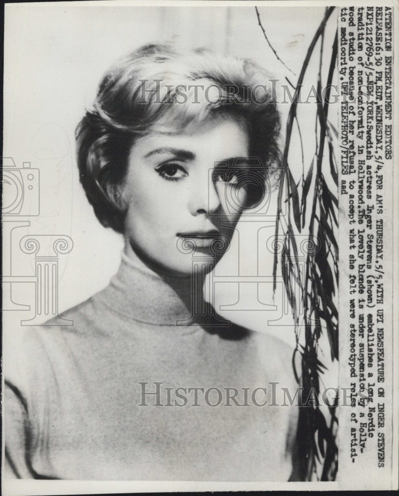 1960 Press Photo Swedish actress Inger Stevens suspended from Hollywood - Historic Images