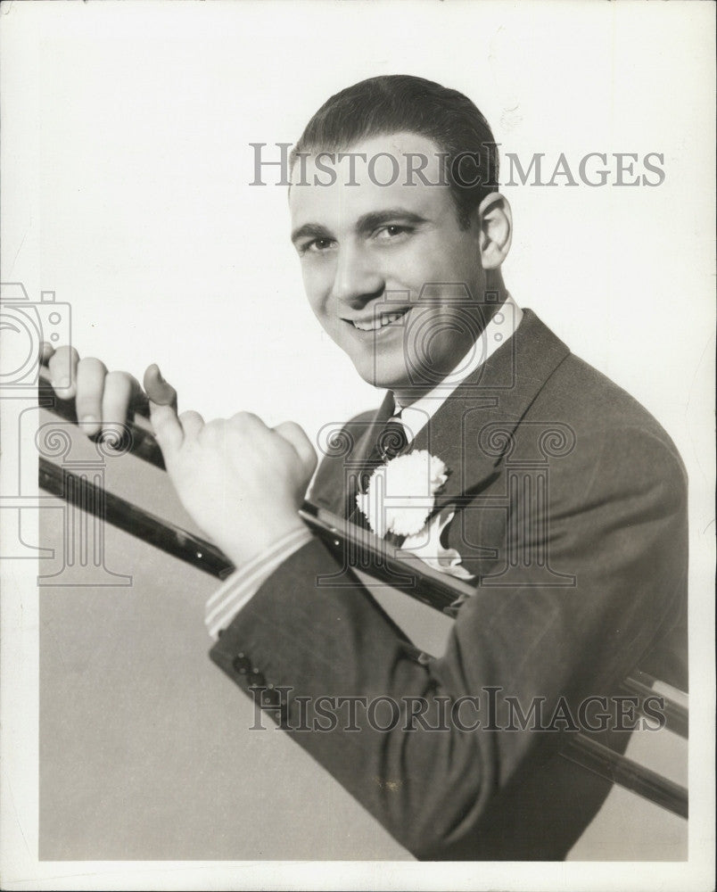 1937 Press Photo Conductor, Johnny Green for NBC networks - Historic Images