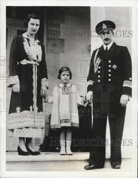 1936 Press Photo King Boris Queen Johanna of Bulgaria With Daughter Maria Louisa - Historic Images