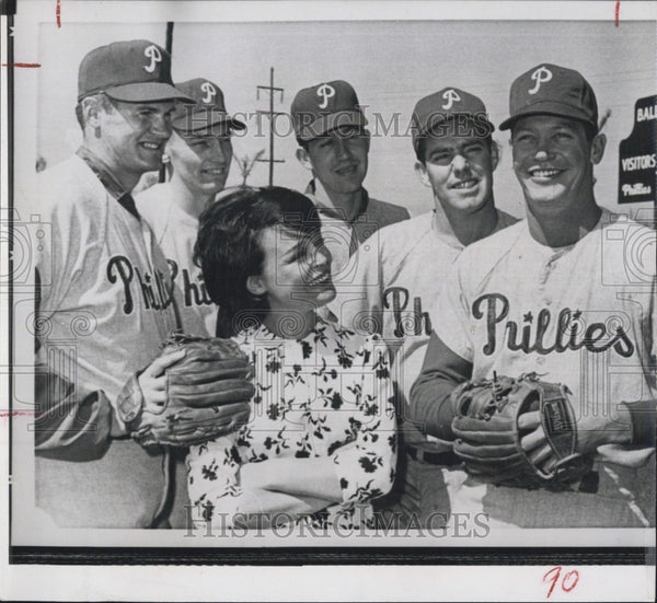 1963 Press Photo Phillies players D Hoak,C Short,B Wine,D Siebler,B Smith, - Historic Images