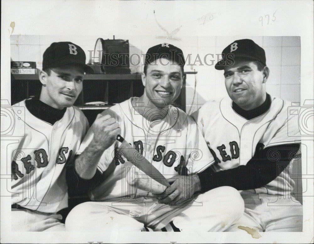 1959 Press Photo Boston Red Sox Jerry Casale Pitcher Gary Geiger Dick Genert - Historic Images