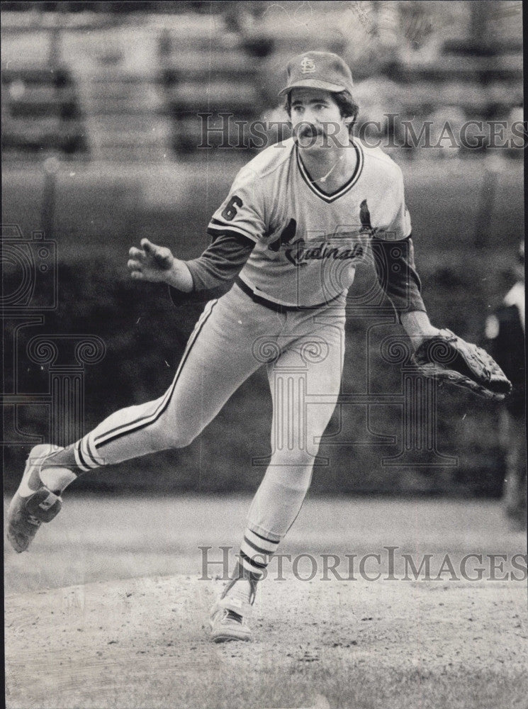 1980 Press Photo Cards rookie pitcher Andy Rincon - Historic Images