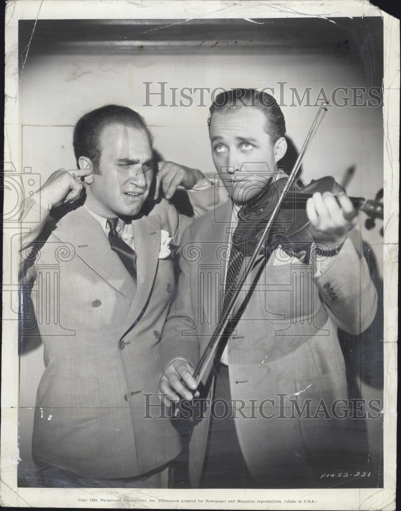"1934 Press Photo Rubinoff the violinist & Bing Crosby ""She Loves Me Not"" - Historic Images"
