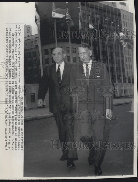 1967 Press Photo Secretary Of State Dean Rusk Llewelyn Thompson Politics - Historic Images