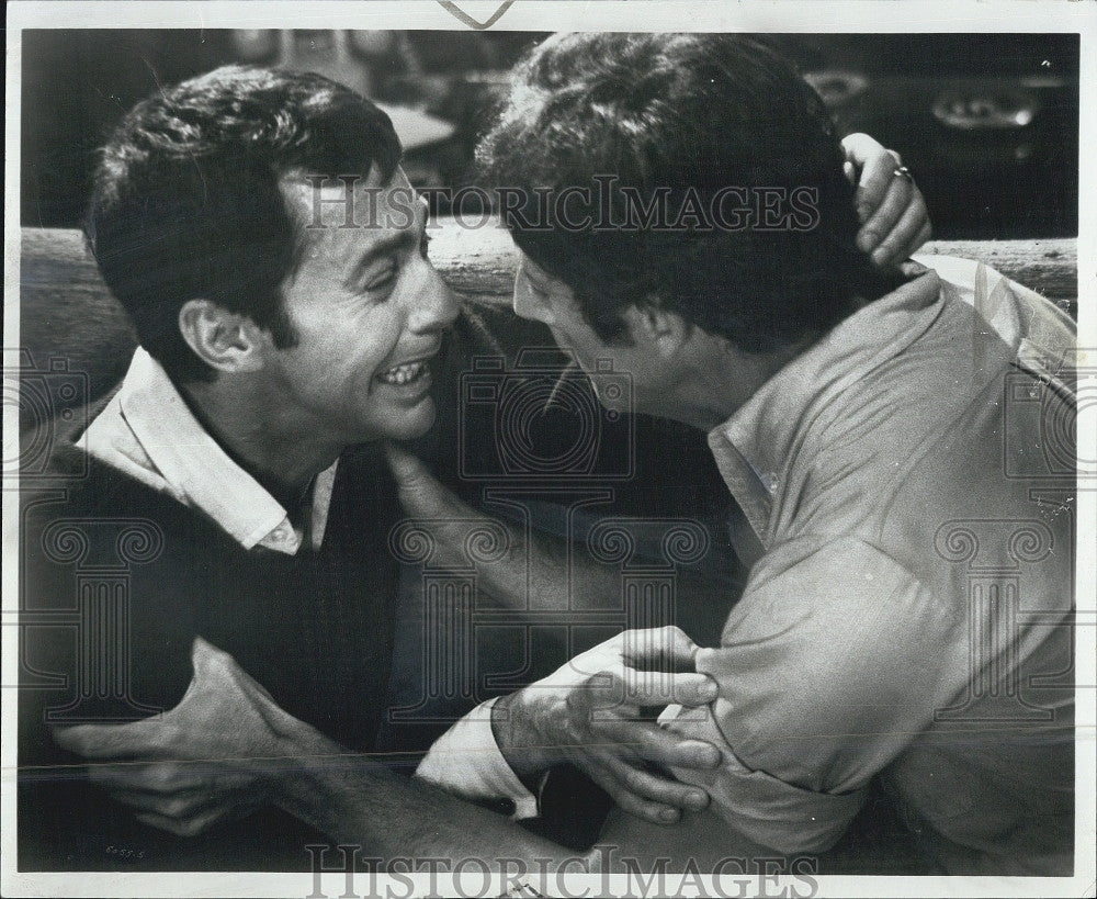 "1970 Press Photo Kenneth Nelson & Frederick Combs ""The Boys in the Bond"" - Historic Images"