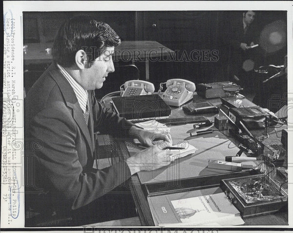 1973 Press Photo Rhode Island Gov Philip Noel - Historic Images