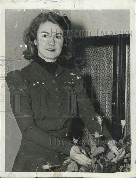 1938 Press Photo Mrs. Giles C. Stedman, wife of the commander in her home - Historic Images