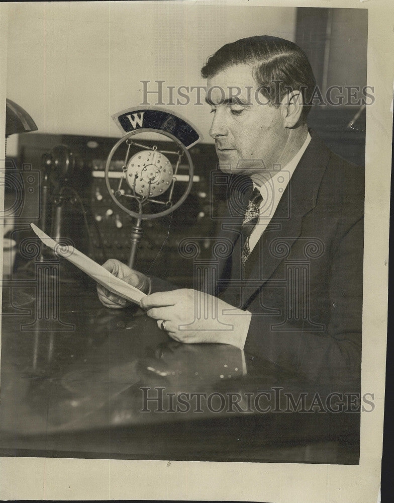 1931 Press Photo Radio broadcaster John Meade - Historic Images