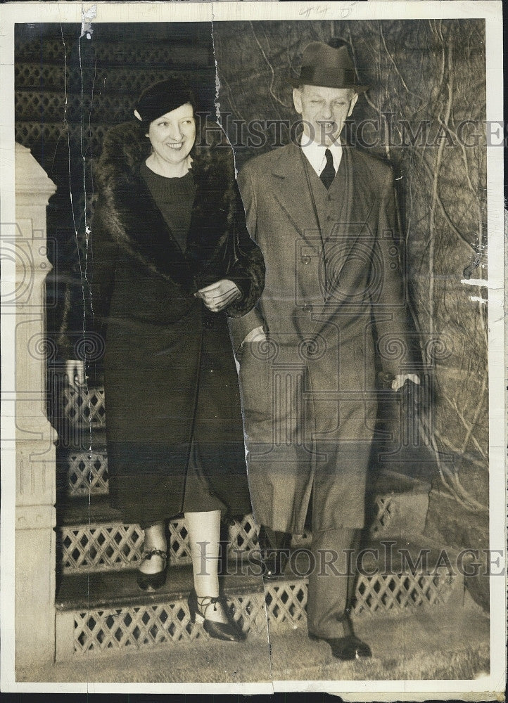 1934 Press Photo Mr. and Mrs. Norman Brighton - Historic Images