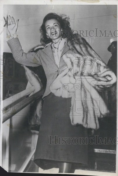 1948 Press Photo Actress Linda Christian arrival at Los Angeles. - Historic Images