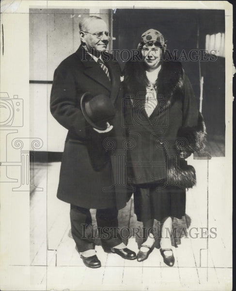 1930 Press Photo Former Mayor Malcolm E. Nichols of Boston with his wife. - Historic Images