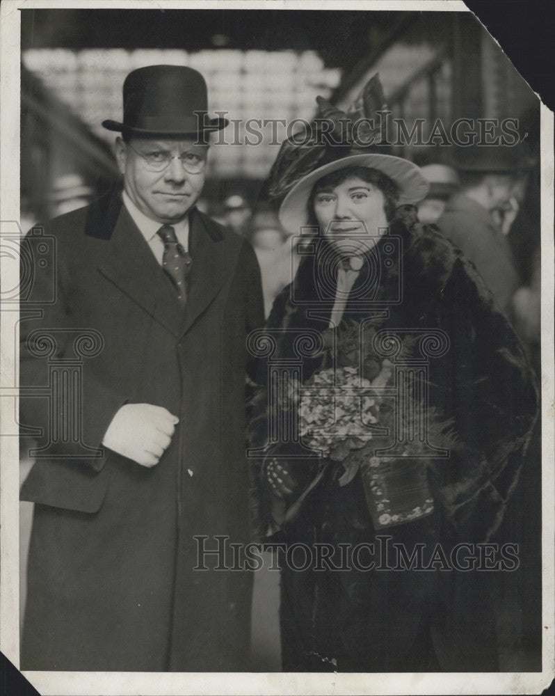 1928 Press Photo Former Mayor Malcolm E. Nichols of Boston with his wife. - Historic Images