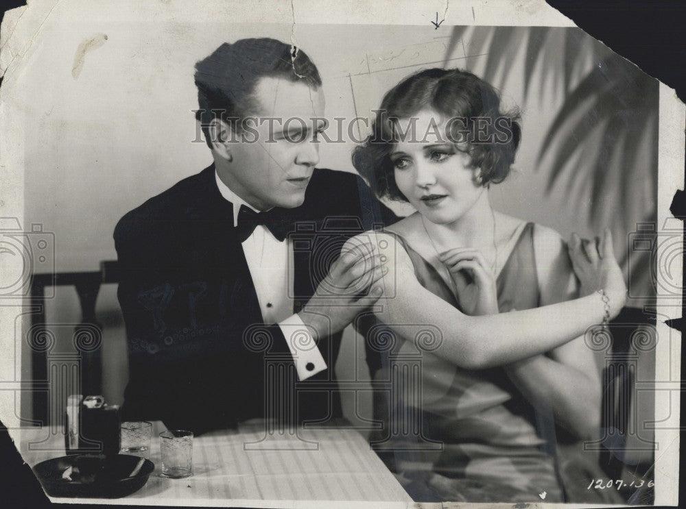 "1934 Press Photo Nancy Carroll & Regis Toomey""The Devil's Holiday"" - Historic Images"