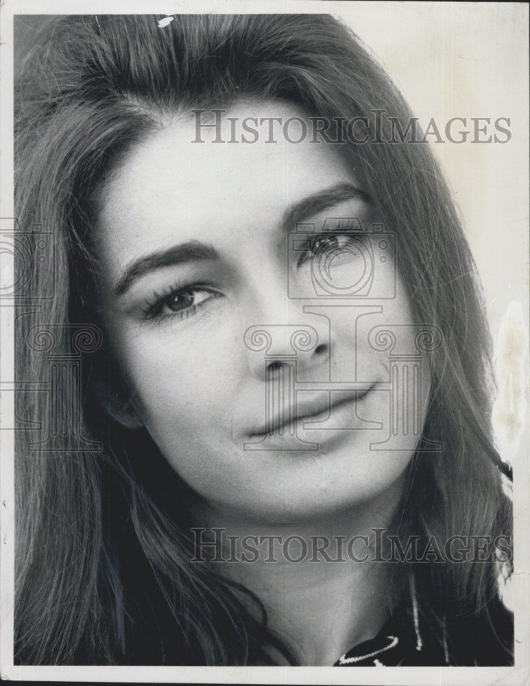 1970 Press Photo Actress Anne Archer In Quot The Storefront