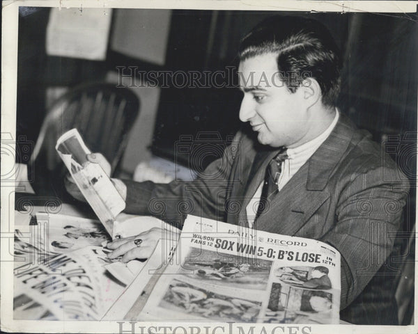 1939 Press Photo Sports Editor Cohen of Daily Record - Historic Images