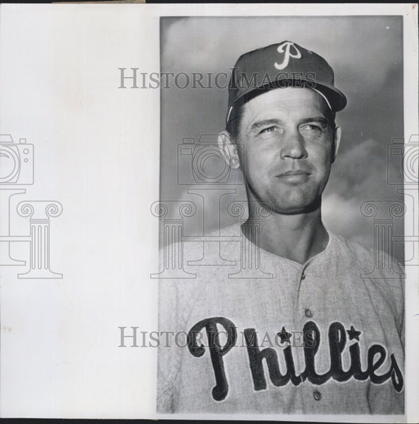 1962 Press Photo Gene Mauch, Manager of the Year of the Philadelphia Phillies - Historic Images