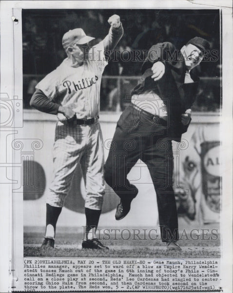 1967 Press Photo Gene Mauch of the Philadelphia Phillies Ejected From Game - Historic Images