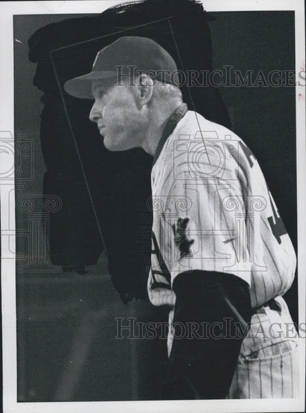 1957 Press Photo Ralph Houk Coach Denver Bears AAA Baseball Team - Historic Images
