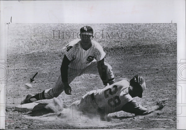 1961 Press Photo Cinncinatati Vada Pinneta va White Sox - Historic Images