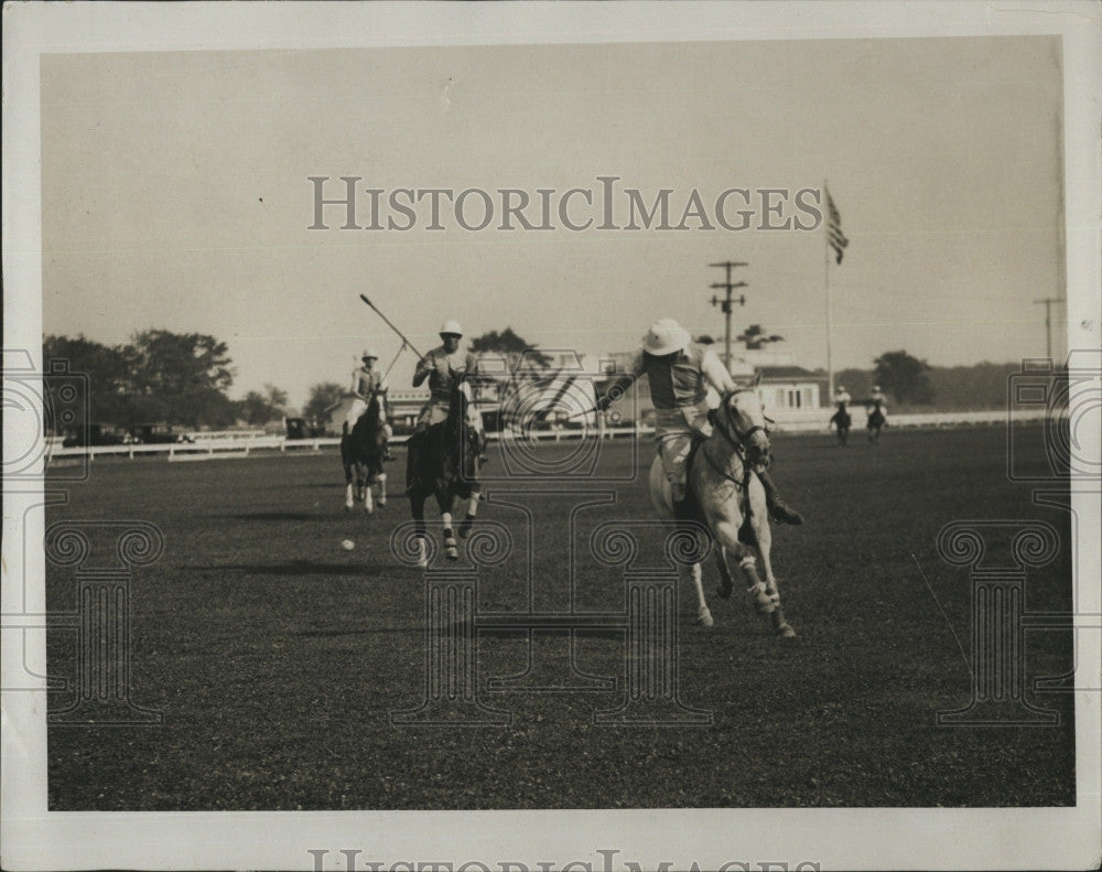 1928 Press Photo Detroit polo match action - Historic Images