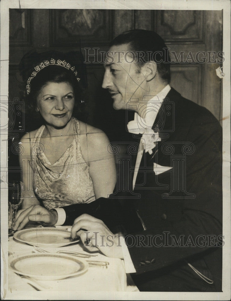 1934 Press Photo Actor Mr. and Mrs Warren Wiliam at a Hollywood Banquet - Historic Images