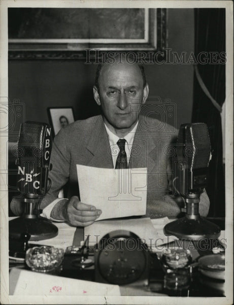 1931 Press Photo Secretary Of The Treasury Henry Morgenthal Gives Radio Address - Historic Images