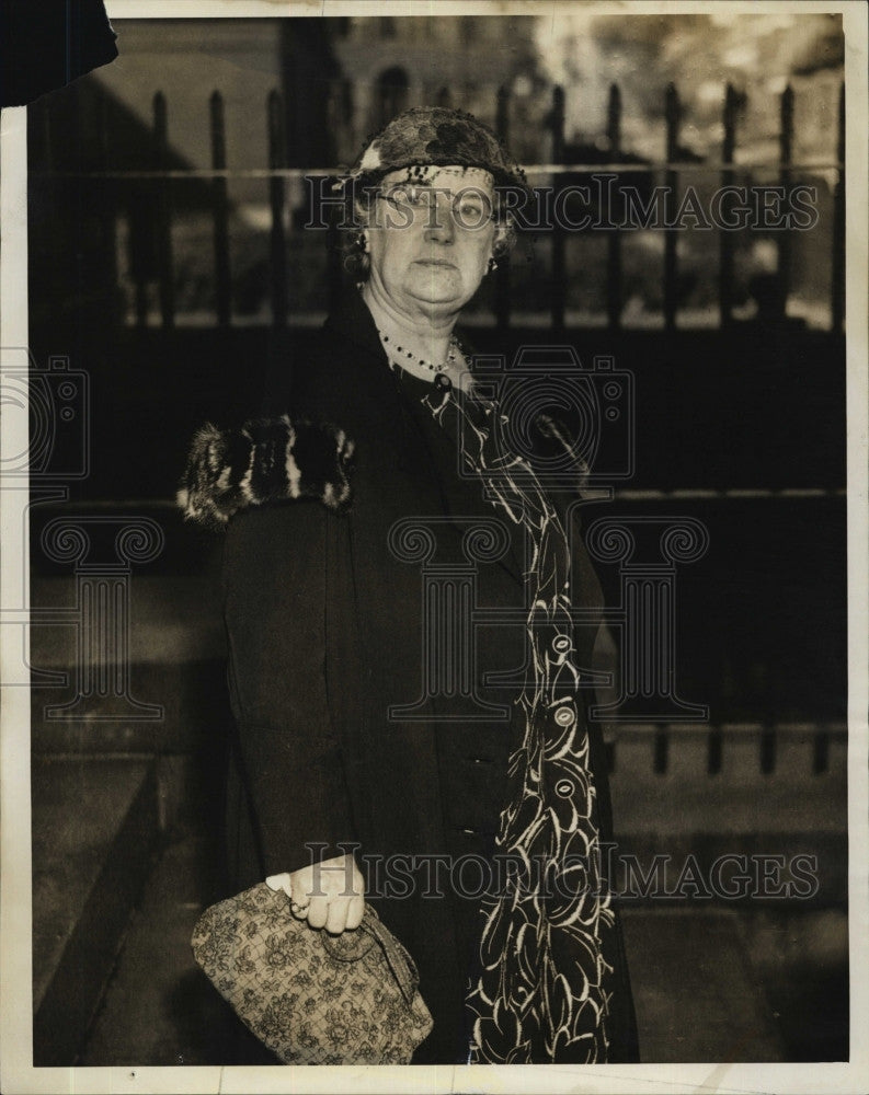 1935 Press Photo Jessie Lawrence Sues Wakefield Widower Seeks $25,000 Heartbalm - Historic Images