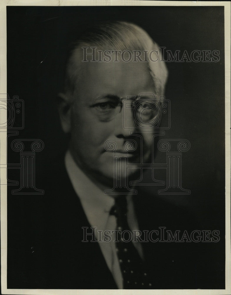 1934 Press Photo Salesman Courtney Johnson, Nash Motors Company - Historic Images
