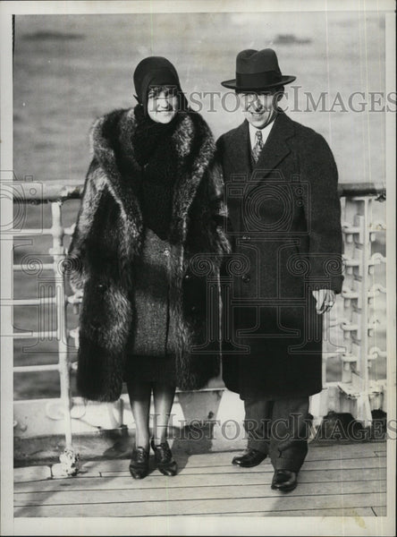 1929 Press Photo Charles Colligan, former Mayor of Mass. with his bride. - Historic Images