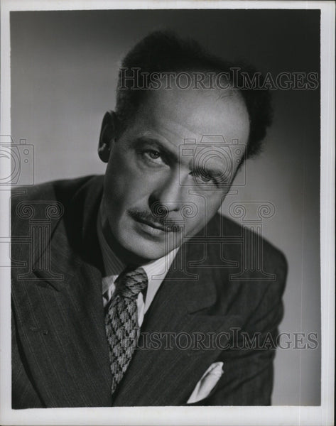 1952 Press Photo Bill Costello, Reporter and White House Correspondent - Historic Images