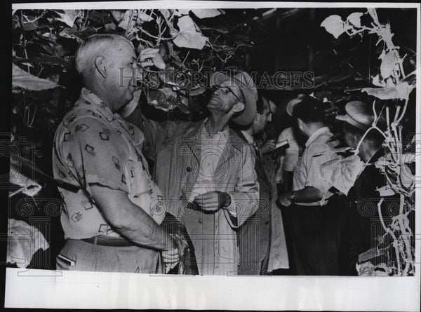 1955 Press Photo American farmers Delegation visit Collective Farm in Russia. - Historic Images