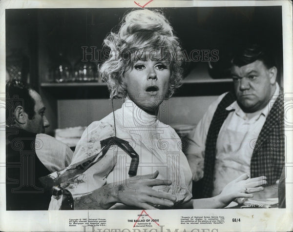 "1967 Press Photo Doris Day in ""The Ballad of Josie"" - Historic Images"