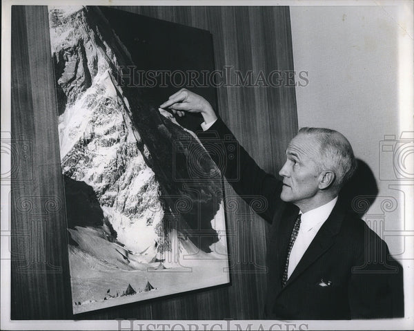 1965 Press Photo Bradford Washburn leader of expedition to climb Mt.Kennedy. - Historic Images