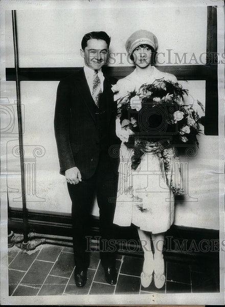 1927 Press Photo George Ellis, bride Ethel Galliger - Historic Images