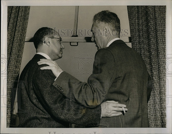 1953 Press Photo Cardinal's Owner Fred Saigh with Baseball Commissioner Frick - Historic Images