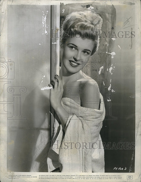 1945 Press Photo Miss Peggy Knudsen - Historic Images