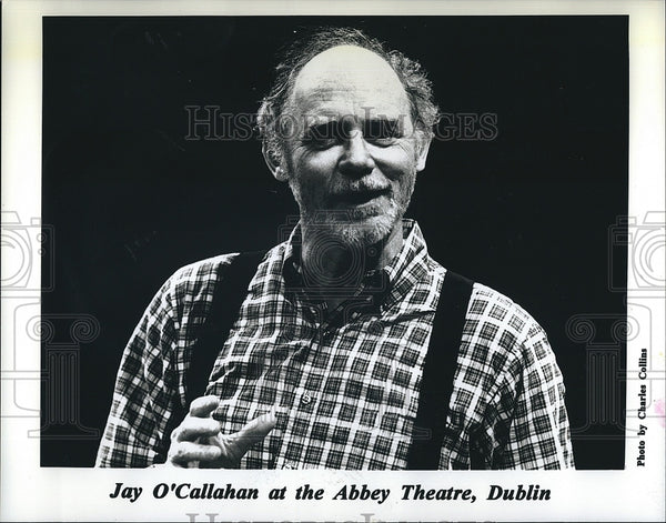 Press Photo Story teller, Jay O'Callahan on stage at Abbey Theater in Dublin - Historic Images