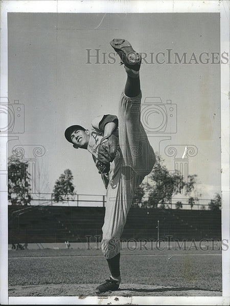 1942 Press Photo Philadelphia Athletics pitcher Russ Christopher - Historic Images