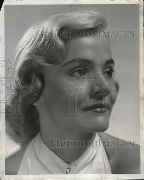 "1950 Press Photo actress Rica Owen, one of the Gladiola Girls in ""Lend an Ear"" - Historic Images"