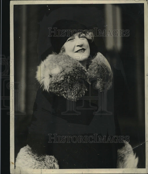 1928 Press Photo Mrs Charles H. Cole wife of the General - Historic Images